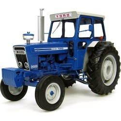 Universal Hobbies Ford 7600...